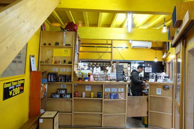 柳橋連合市場・manucoffee(マヌコーヒー)の1階