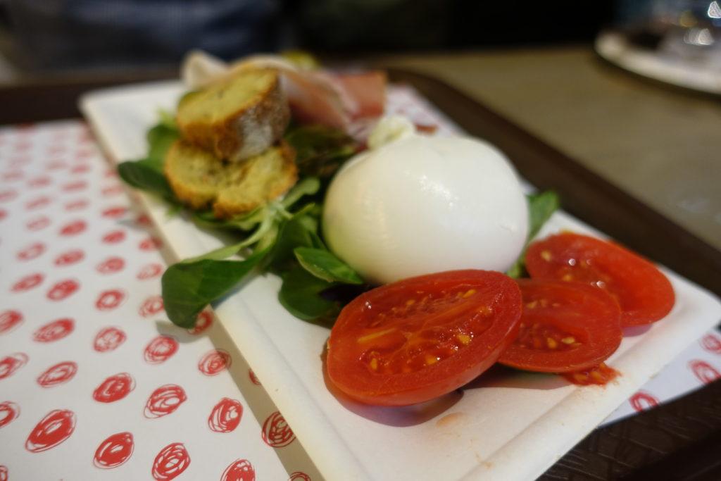 フィレンツェ中央市場の前菜盛り合わせ