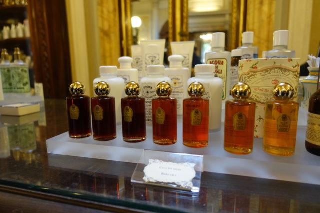 フィレンツェの「サンタ・マリア・ノヴェッラ薬局」商品