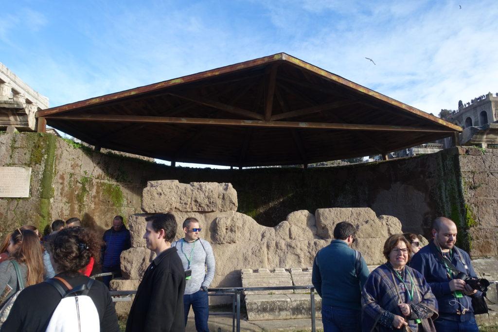 カエサルの墓