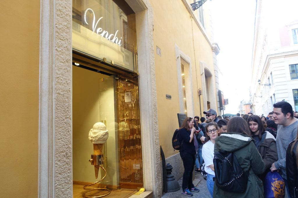ローマ観光のスィーツとチョコレート