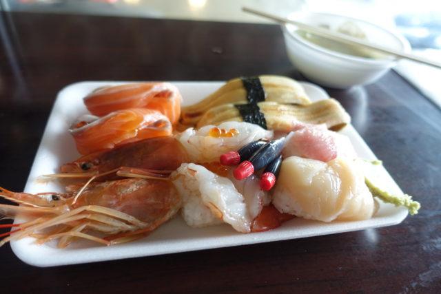 唐戸市場のお寿司盛り合わせ