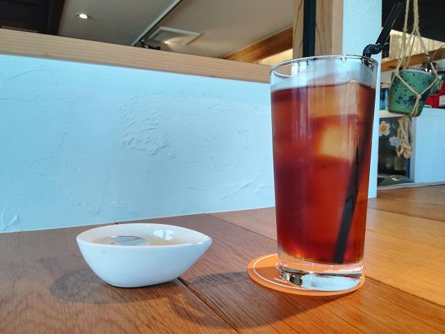 福間海岸沿いのカフェ「HOT SUNS(ホットサンズ)」のドリンク