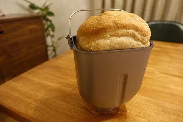 パナソニックのホームベーカリーSD-MT1で焼いた食パン